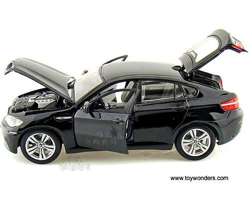 Bburago Bmw X6 M Hard Top 1 18 Scale Cast Model Car Black 12081bk