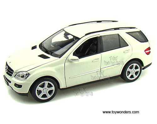 Mercedes benz ml350 suv by welly 1 18 scale diecast model for Mercedes benz toy car
