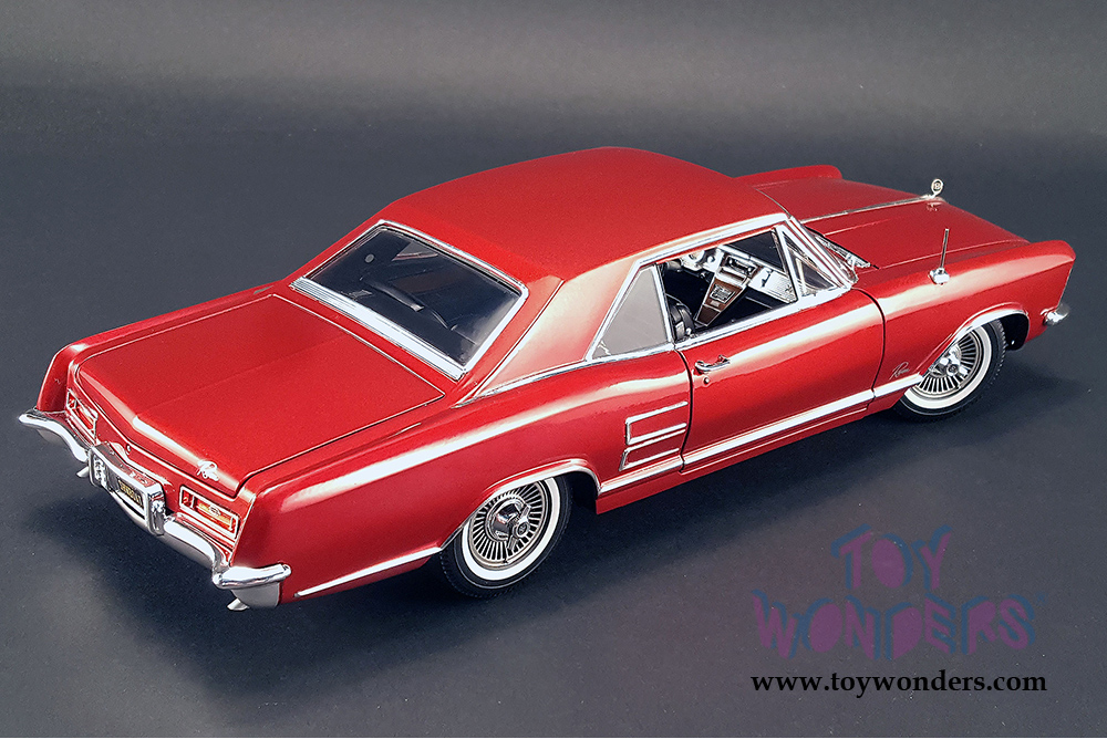 Acme   Tommy Ivou0027s 1964 Buick Riviera Hard Top (1964, 1/18 Scale