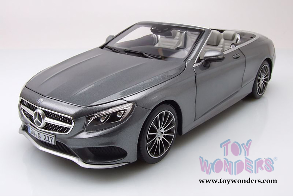 2015 mercedes benz s class covertible 183484 1 18 scale for Mercedes benz scale model cars