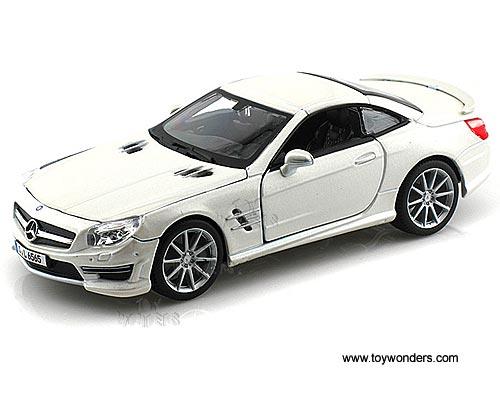 mercedes benz sl 65 amg hard top 21066w 1 24 scale bburago wholesale diecast model car. Black Bedroom Furniture Sets. Home Design Ideas