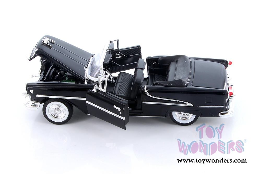 Welly - Oldsmobile Super 88 Convertible (1955, 1/24 scale diecast model  car, Asstd ) 22432/4D
