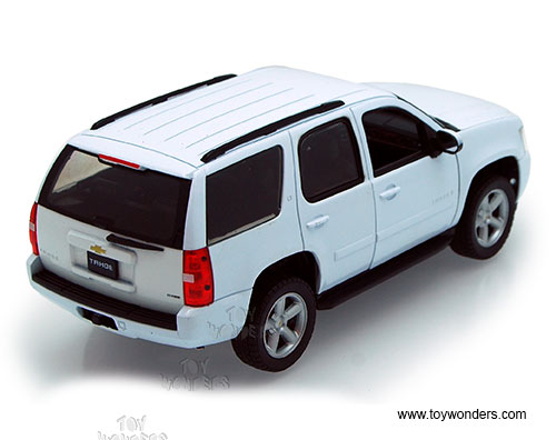 Welly 22509 1//24 scale Diecast Car 2009 Chevy Tahoe SUV
