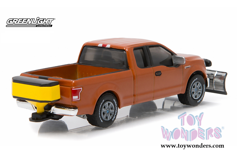 Ford F 150 Snow Plow >> Greenlight - 2015 Ford F-150 with Snow Plow and Salt Spreader Pick-Up Truck 29859 1/64 scale ...