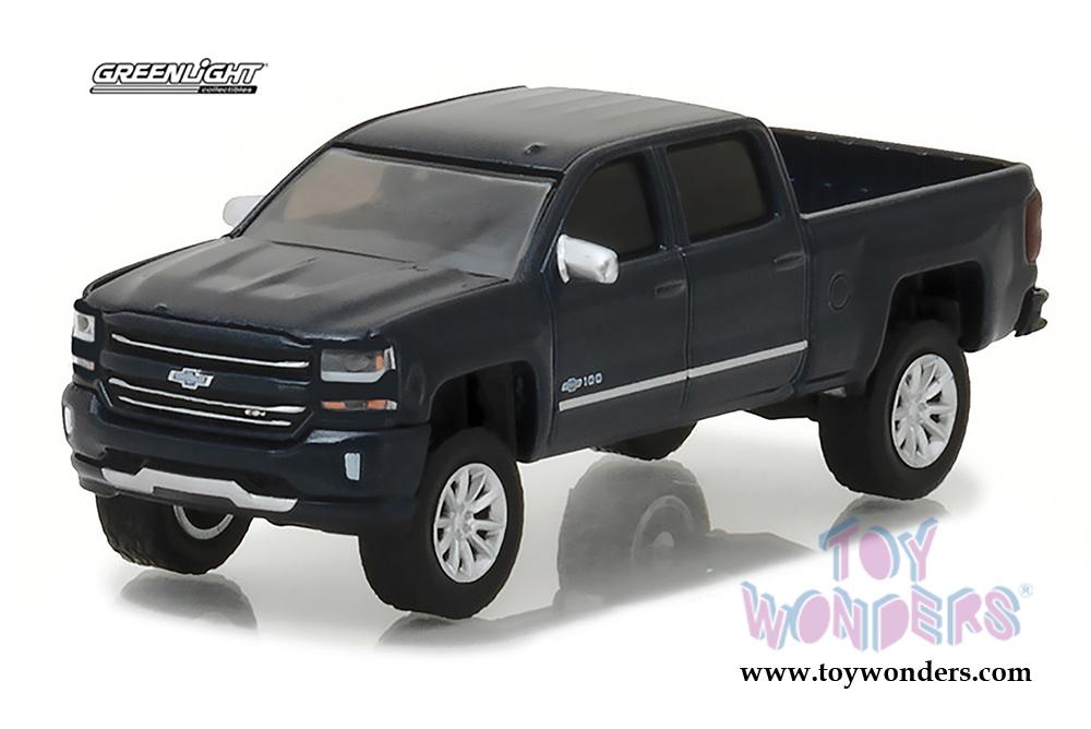 Silverado Centennial Edition >> Greenlight - 2018 Chevrolet® Silverado™ Centennial Edition Pickup Truck 29917/48 1/64 scale ...