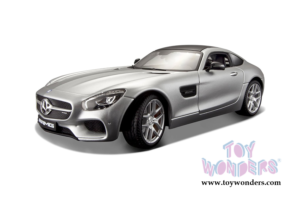 Mercedes benz amg gt hard top 31134sv 1 24 scale maisto for Mercedes benz scale model cars