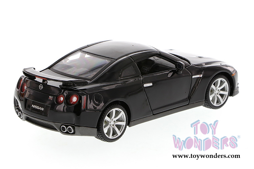 nissan gt r hard top 31294bk 2009 1 24 scale maisto. Black Bedroom Furniture Sets. Home Design Ideas