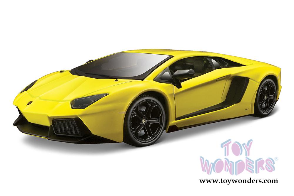 Lamborghini Aventador Lp 700 4 Hard Top 31362yl 1 24 Scale Scale