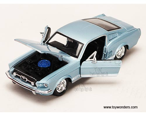 maisto 1967 ford mustang gt