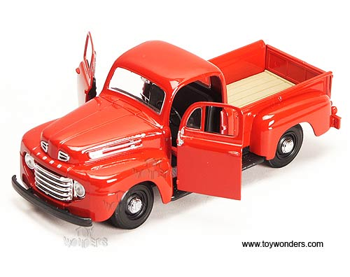 Showcasts Collectibles Ford F  Pickup Truck  Scale