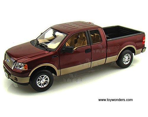 Maisto Premiere Ford F  Lariat Pickup  Scale