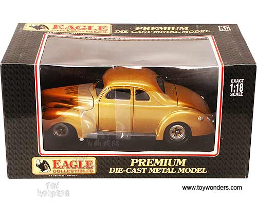 Eagles Race Premium - Ford Coupe Hot Rod Hard Top (1940, 1:18, Gold w/ Flames) 3817