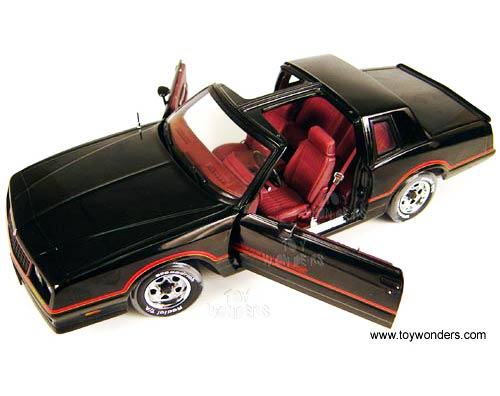 RC2 ERTL Authentics - Chevy Monte Carlo SS T Tops (1985, 1 ...