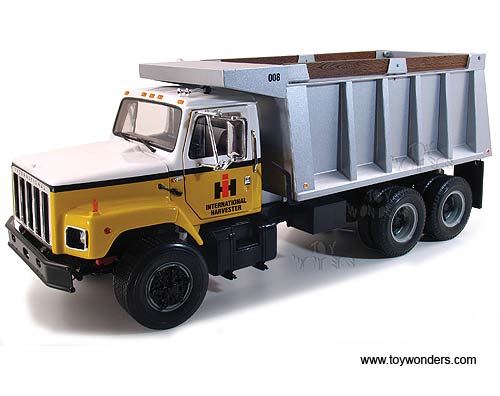 http://www.toywonders.com/ProductCart/pc/catalog/40-0190-International-Harvester-Dump-Truck-125-FG.jpg