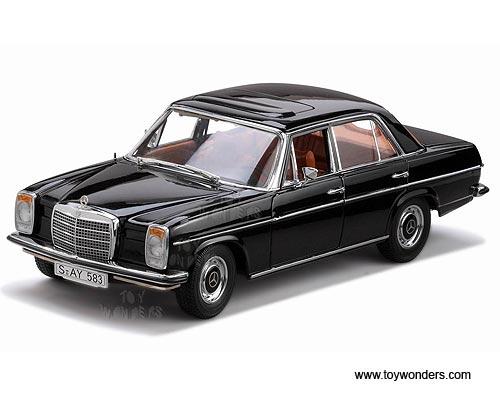 Sun Star Platinum - Mercedes-Benz Strich 8 Saloon Hard Top w/ Sunroof (