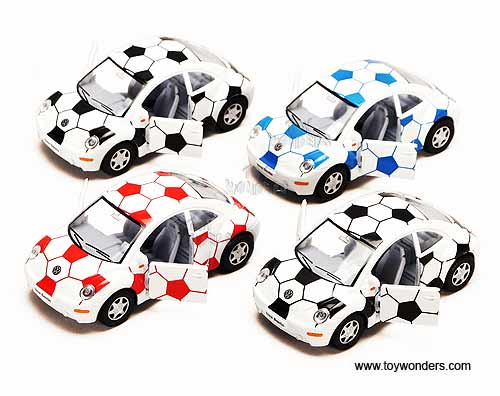 Kinsmart - Volkswagen New Beetle w/ Soccer (1:32, Asstd.) 5028DR