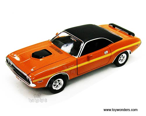 RC2 Johnny Lightning - Dodge Challenger R/T Hard Top (1970, 1:24