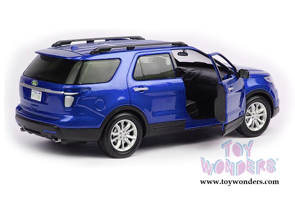 2015 ford explorer xlt suv by motormax 1 18 scale diecast model car wholesale 73186bu. Black Bedroom Furniture Sets. Home Design Ideas