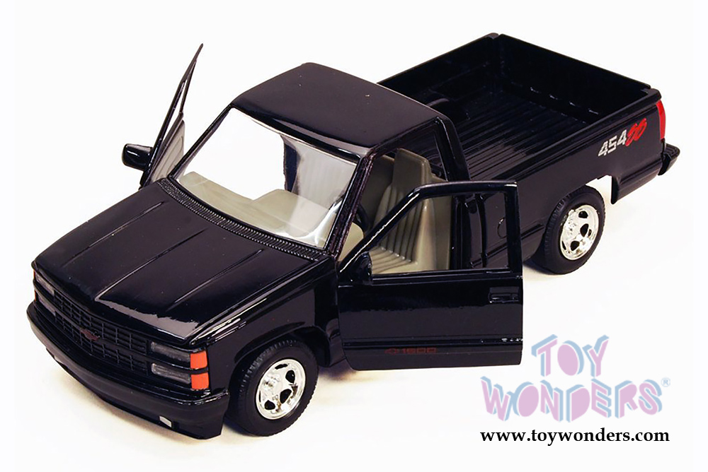 Showcasts Collectibles - Chevy 454SS Pick Up Truck (1992, 1/24 scale  diecast model car, Asstd ) 73203/16D