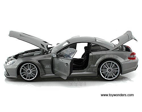 Mercedes benz sl65 amg black series hard top 79161sv 1 18 for Mercedes benz scale model cars