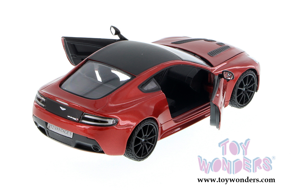 112 toys and diecast scale model cars  Toy Wonders