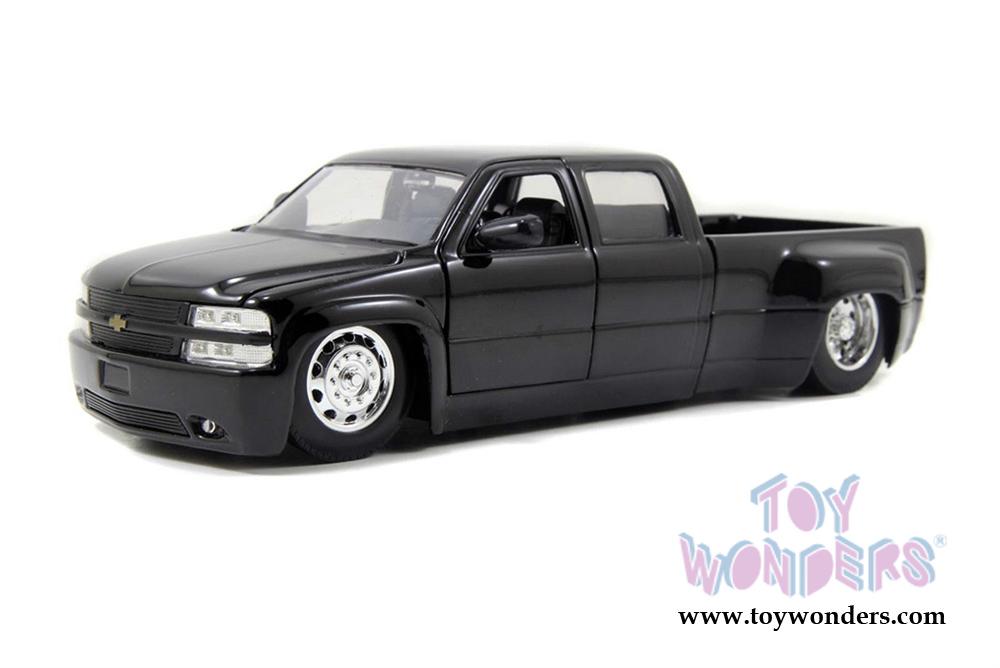 Jada Toys Time Kustoms Chevy Silverado Dooley Pickup 1999 1 24 Scale