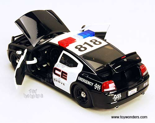 Jada Toys 2006 Dodge Magnum Rt 124 Scale: 2006 Dodge Charger R/T Police By Jada Toys Heat 1/24 Scale