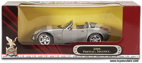 Yatming Pontiac Solstice Convertible 2006 1 18 Scale Cast Model Car