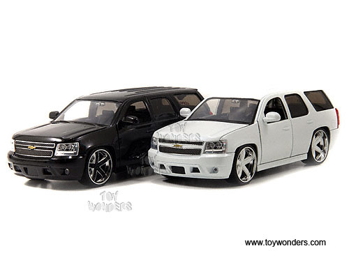 Jada Toys Lopro Chevy Tahoe Suv 2010 1 24 Scale Cast Model