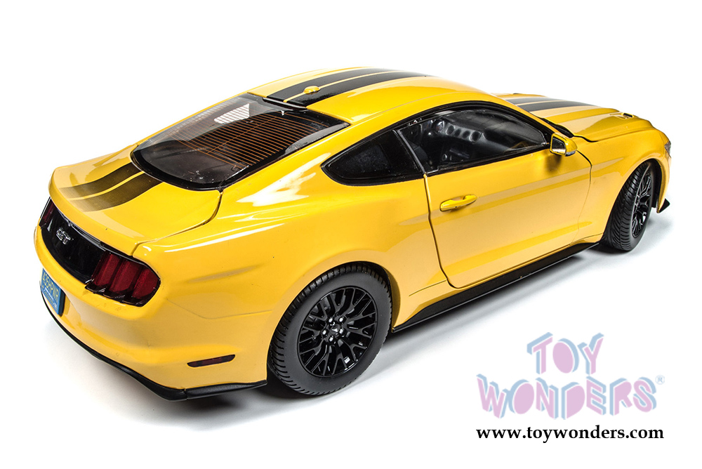2016 Ford Mustang GT Hard Top AW229 1/18 scale Auto World wholesale ...