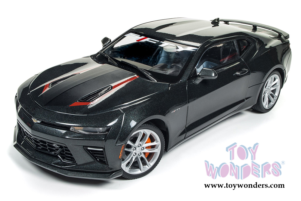 2017 Chevy® Camaro® SS™ 50th Anniversary Hard Top AW243 1/18 scale ...