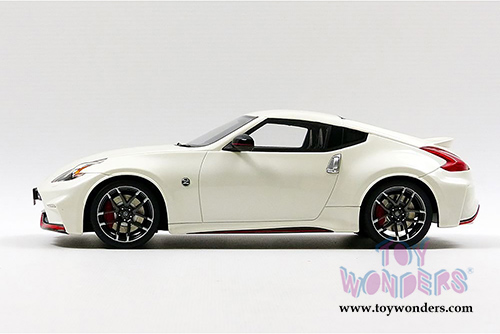 Gt Spirit Nissan 370z Fairlady Z Nismo Hard Top 2017 1 18