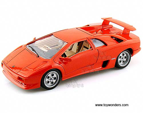 lamborghini diablo hard top by bburago gold 1 18 scale diecast model car wholesale 12042or. Black Bedroom Furniture Sets. Home Design Ideas