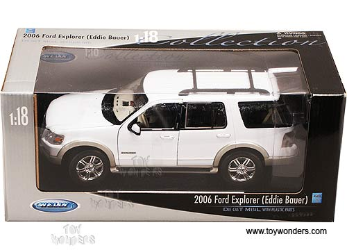 Welly 2005 Die Cast Model Scale 1:24 FORD ESCAPE LIMITED Silver