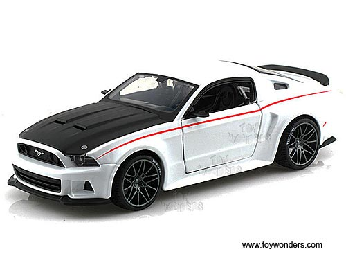 2014 Ford Mustang Street Racer Hard Top 31506w 1 24 Scale