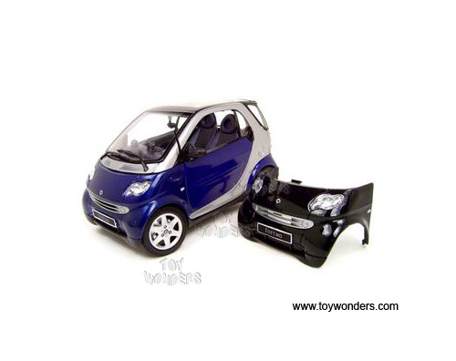 Smart Fortwo Coupe W   Extra Black Hood 31852bu 1  18 Scale Maisto Wholesale Diecast Model Car