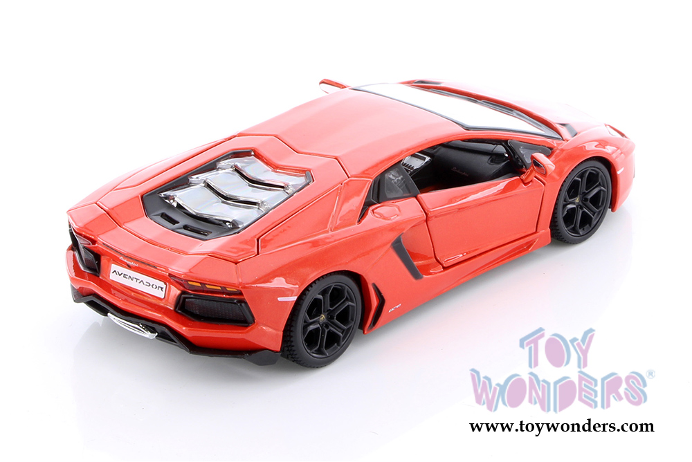 Lamborghini Aventador Lp700 4 Hard Top 34210 1 24 Scale Maisto