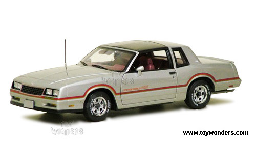 ERTL - 1985 Chevy Monte Carlo SS T-Top (1985, 1:18, Silver) 39461SV