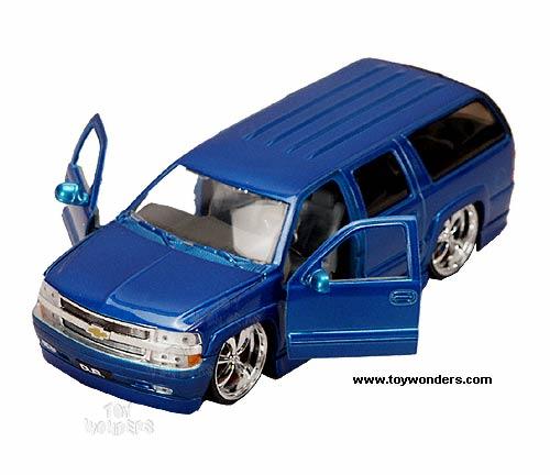 2000 chevy suburban w kmc ss rims by jada toys dub city 1 24 scale Chevy Suburban Toy eBay 2000 chevy suburban w kmc ss rims by jada toys dub city 1 24 scale diecast model car wholesale 50659a