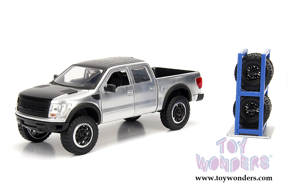 Jada Toys Just Trucks - Assorted Pack Wave 20 (1953, 1955, 1972, 2011, 1/24  scale diecast model car, Asstd ) 54027/W20