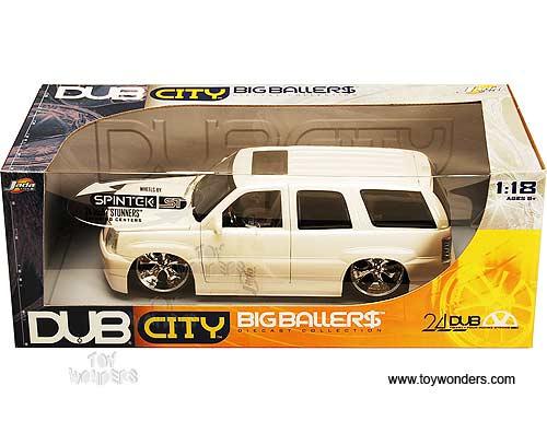 2002 Cadillac Escalade Suv By Jada Toys Dub City 1 18 Scale Diecast