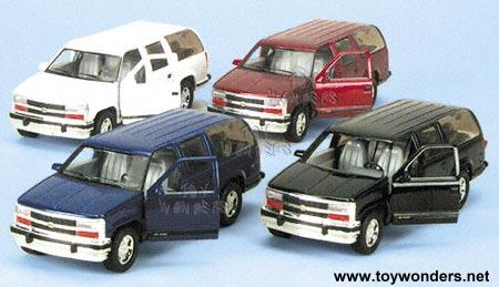 1993 Chevrolet Suburban By 1 36 Scale Diecast Model Car