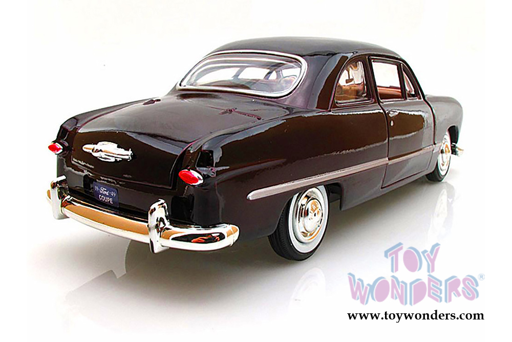 Showcasts Collectibles - Ford Coupe Hardtop (1949, 1/24 scale diecast model  car, Burgundy) 73213AC/BG