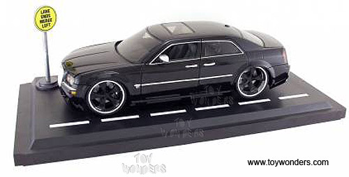 Jada Toys Dub City - Chrysler 300C Hard Top (1:18, Black) 90333