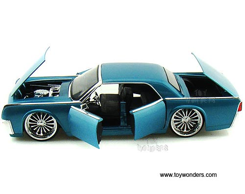 1963 lincoln continental hard top 90607 1 24 scale jada toys bigtime kustoms wholesale diecast. Black Bedroom Furniture Sets. Home Design Ideas