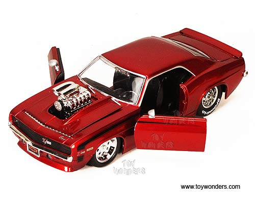 Jada Toys Bigtime Muscle Chevy Camaro Hard Top W Engine Blower