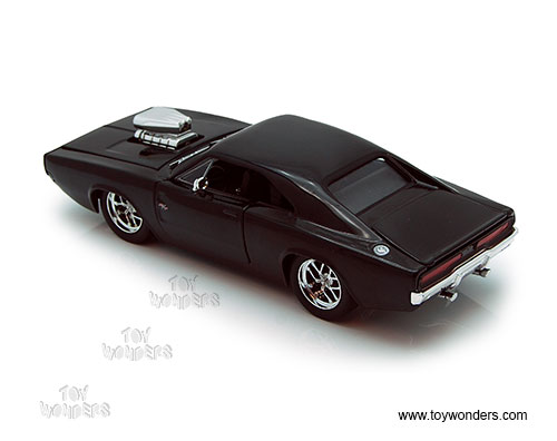Jada Toys 2006 Dodge Magnum Rt 124 Scale: Dom's Dodge Charger Hard Top