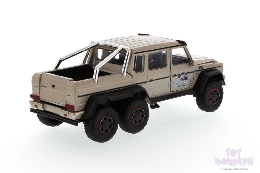 Jada toys jurassic world mercedes benz g 63 amg 6 x 6 for Mercedes benz truck toys