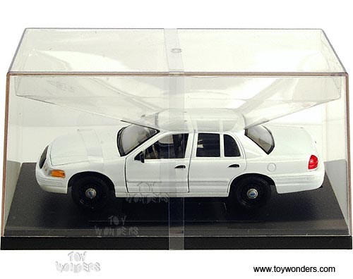 Ford Crown Victoria Police Car No Decal By Welly 1 24