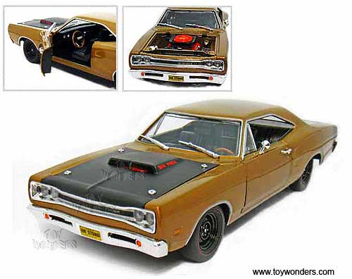 1969 dodge super bee hard top by auto world ertl elite 1 18 scale diecast model car wholesale amm906bn toy wonders inc